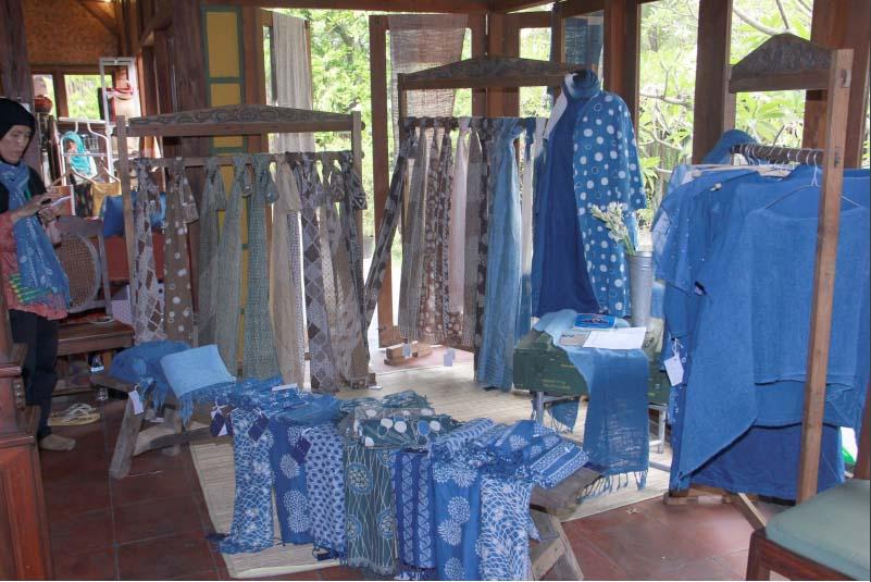 Batik warna alam Kanawida